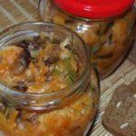 Миниатюра к статье Грибная солянка с капустой на зиму: лучшие рецепты на любой вкус